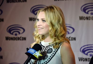 eliza taylor the 100 wondercon 7