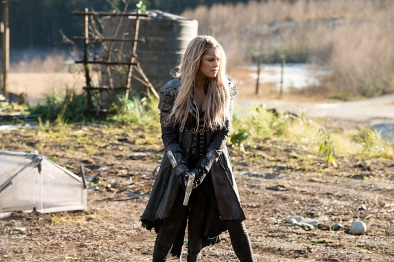 "The 100 -- ""Demons"" -- Image HU312B_0069 -- Pictured: Eliza Taylor as Clarke -- Credit: Diyah Pera/The CW -- © 2016 The CW Network, LLC. All Rights Reserved"